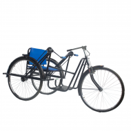 HAND-DRIVEN SUPER DELUXE TRICYCLE